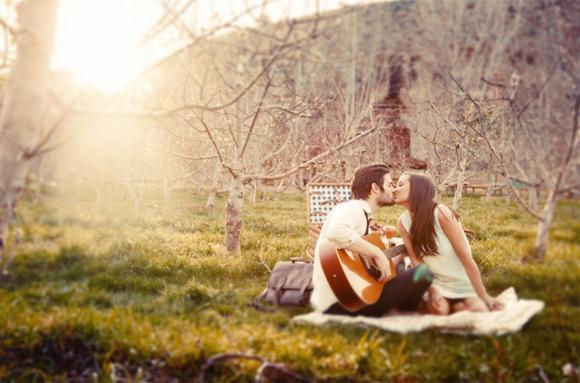 4 cách để nhắn tin với bạn gái mới quen chuẩn không cần chỉnh
